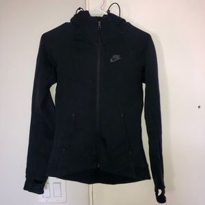 Black NIKE Zip up. Great condition. Size XS.